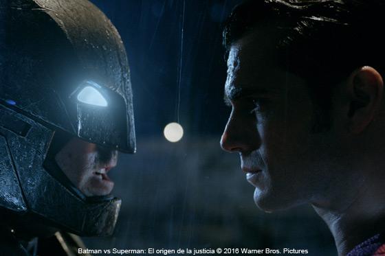 Blu-ray / DVD: Batman vs Superman: El origen de la justicia